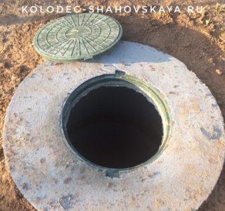 Выполнили однокамерный септик из бетонных колец со дном